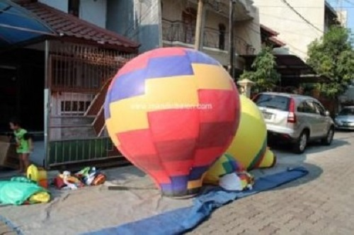 Balon Promosi Udara Oval